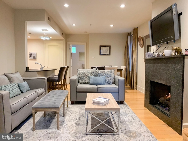 2 Bedrooms, East Village Rental in Washington, DC for $3,700 - Photo 2