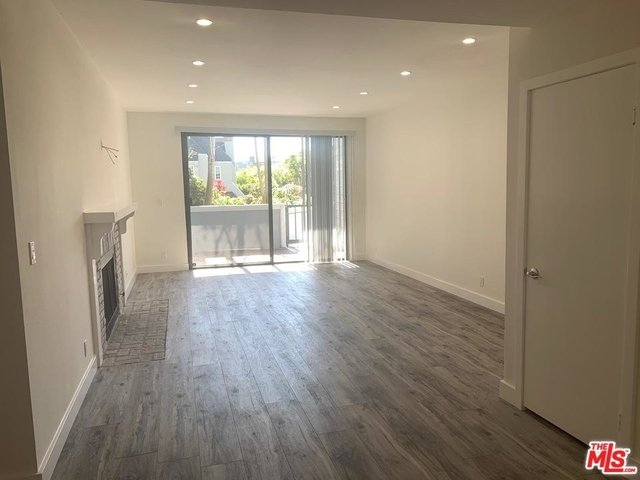 2 Bedrooms, Silver Strand Rental in Los Angeles, CA for $4,800 - Photo 1