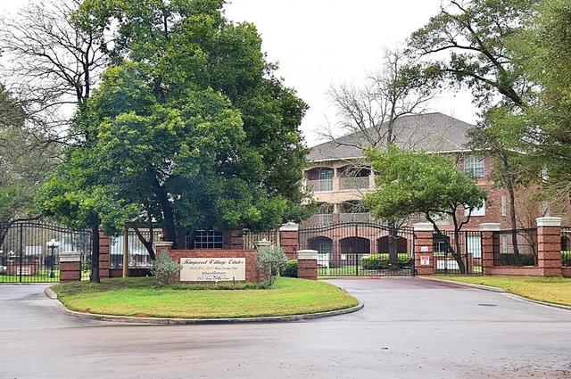 3 Bedrooms, Kings Crossing Rental in Houston for $1,995 - Photo 1