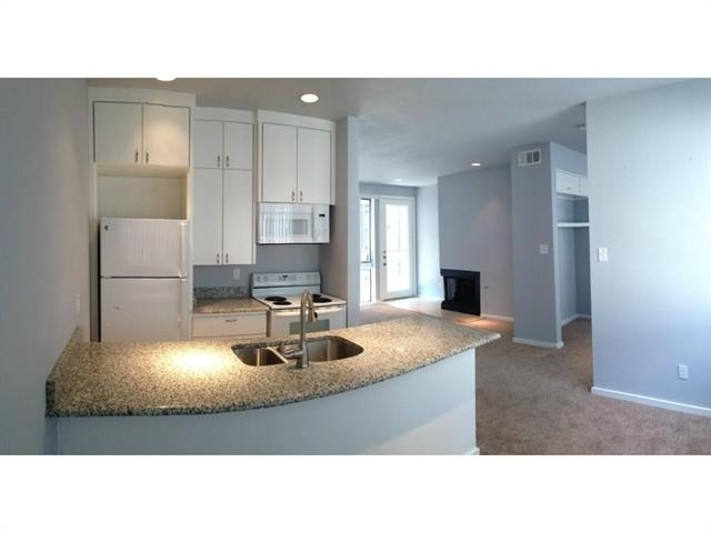 1 Bedroom, Edgemere Place Rental in Dallas for $1,100 - Photo 1