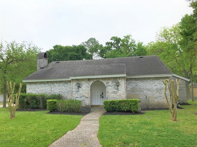4 Bedrooms, Imperial Woods Rental in Houston for $1,950 - Photo 2