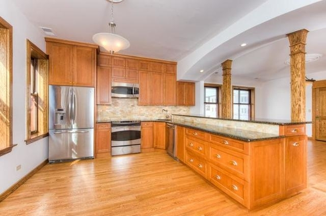 4 Bedrooms, Logan Square Rental in Chicago, IL for $3,850 - Photo 2