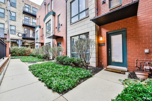3 Bedrooms, Near West Side Rental in Chicago, IL for $5,900 - Photo 1