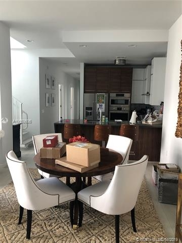 3 Bedrooms, Goldcourt Rental in Miami, FL for $4,500 - Photo 2
