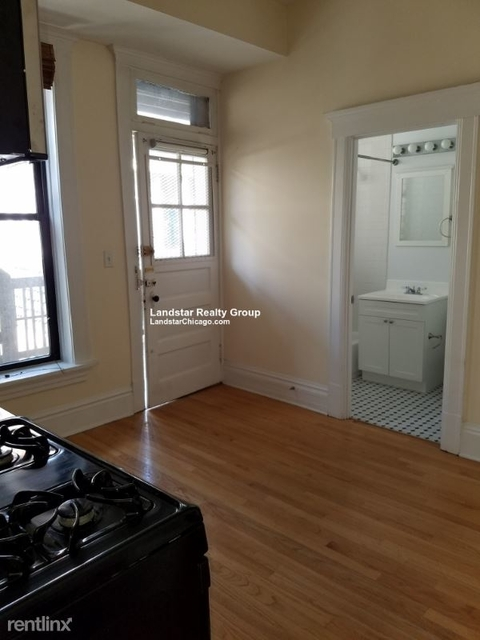 3 Bedrooms, Bucktown Rental in Chicago, IL for $2,295 - Photo 2