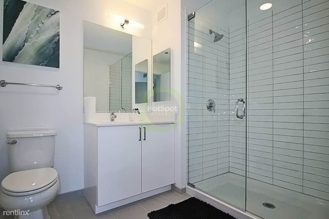 2 Bedrooms, Greektown Rental in Chicago, IL for $3,116 - Photo 2
