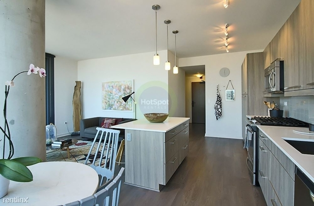2 Bedrooms, Fulton Market Rental in Chicago, IL for $3,424 - Photo 2