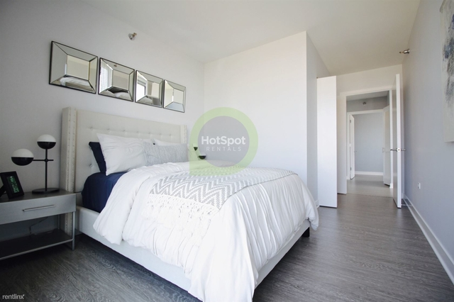 3 Bedrooms, South Loop Rental in Chicago, IL for $5,700 - Photo 2
