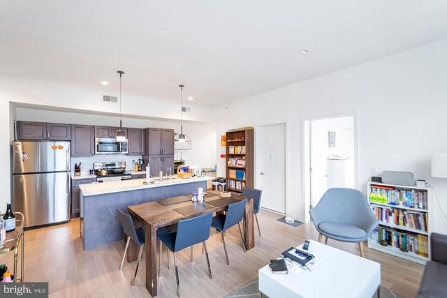 2 Bedrooms, Washington Square West Rental in Philadelphia, PA for $2,595 - Photo 2