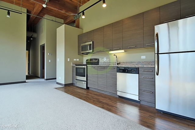 2 Bedrooms, River West Rental in Chicago, IL for $2,900 - Photo 2