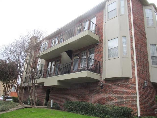 1 Bedroom, North Oaklawn Rental in Dallas for $1,200 - Photo 1