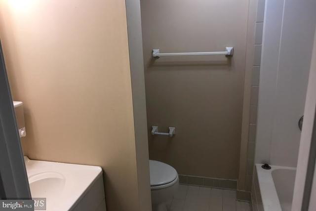 1 Bedroom, Marumsco Acres Rental in Washington, DC for $1,000 - Photo 2