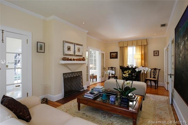 3 Bedrooms, Coral Gables Section Rental in Miami, FL for $5,300 - Photo 2