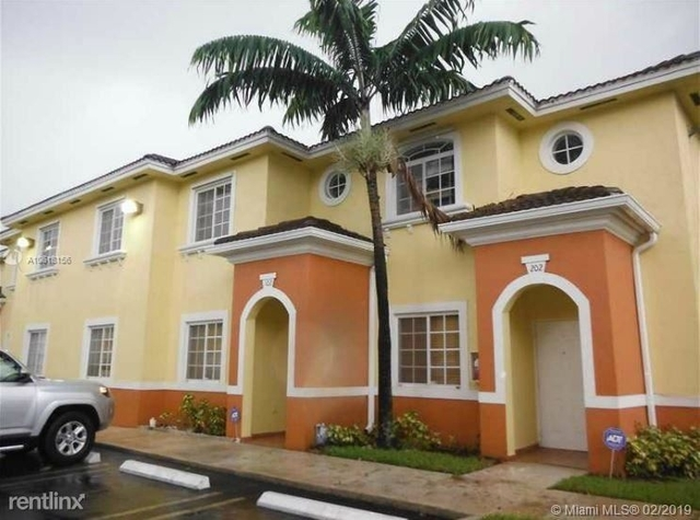 3 Bedrooms, Tropical Landings Rental in Miami, FL for $1,850 - Photo 1