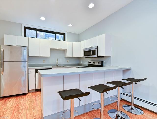 2 Bedrooms, U Street - Cardozo Rental in Washington, DC for $2,885 - Photo 2