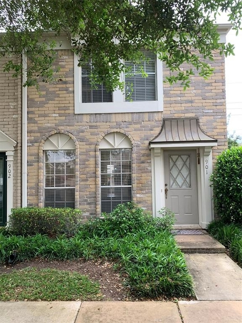 3 Bedrooms, The Towns of Grants Lake Rental in Houston for $1,400 - Photo 1