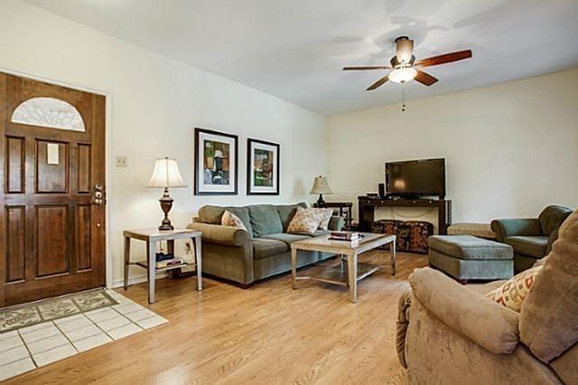 2 Bedrooms, University Park Rental in Dallas for $2,200 - Photo 1