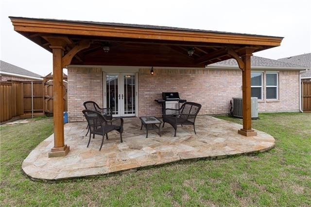 3 Bedrooms, Wylie Rental in Dallas for $1,795 - Photo 2
