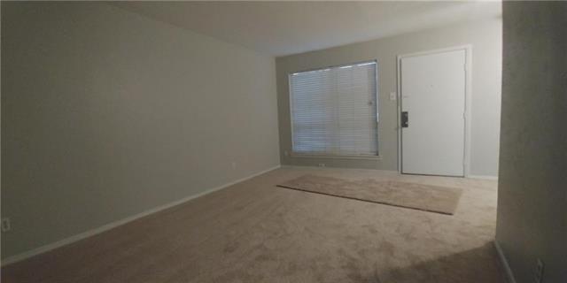 1 Bedroom, North Oaklawn Rental in Dallas for $995 - Photo 2