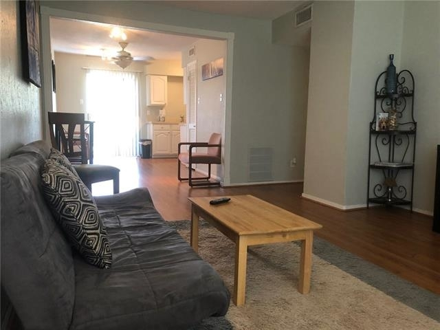 2 Bedrooms, Uptown Rental in Dallas for $1,400 - Photo 1