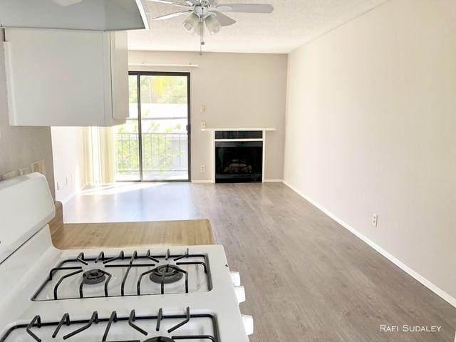 2 Bedrooms, Van Nuys Rental in Los Angeles, CA for $1,850 - Photo 1