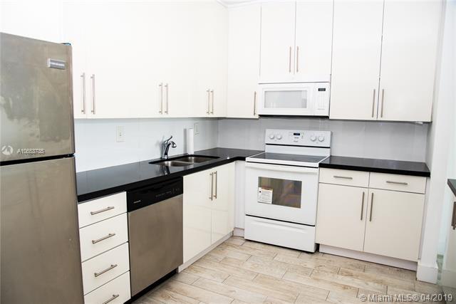 2 Bedrooms, Golden Shores Ocean Boulevard Estates Rental in Miami, FL for $2,425 - Photo 2
