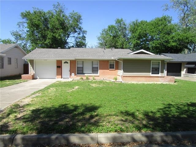 3 Bedrooms, South Hills Rental in Dallas for $1,350 - Photo 1