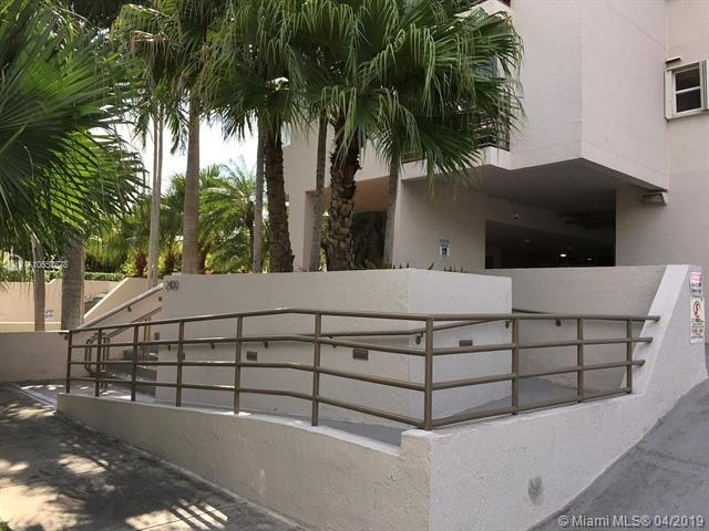 1 Bedroom, Coral Way Rental in Miami, FL for $1,750 - Photo 2