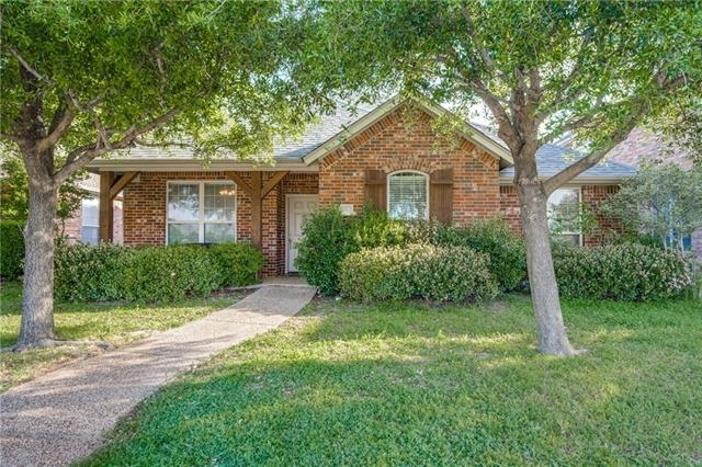 3 Bedrooms, Legend Trails Rental in Dallas for $1,900 - Photo 1