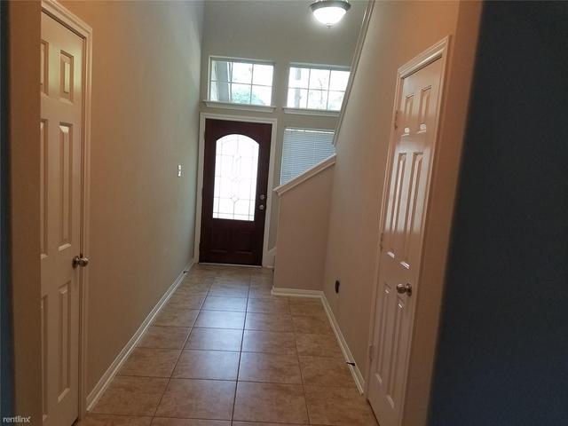 3 Bedrooms, Alden Bridge Rental in Houston for $1,650 - Photo 2