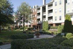3 Bedrooms, North Atlanta Rental in Atlanta, GA for $2,032 - Photo 1