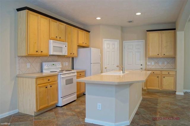 3 Bedrooms, Alden Bridge Rental in Houston for $1,700 - Photo 2