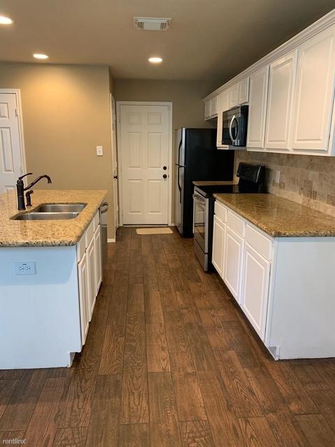 3 Bedrooms, Alden Bridge Rental in Houston for $1,550 - Photo 2