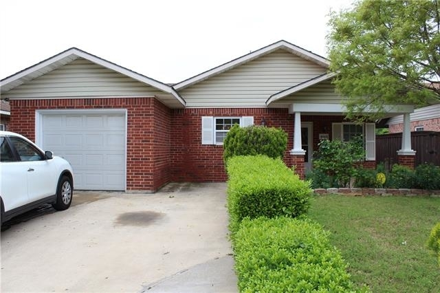 3 Bedrooms, Greenleaf Village Rental in Dallas for $1,600 - Photo 1