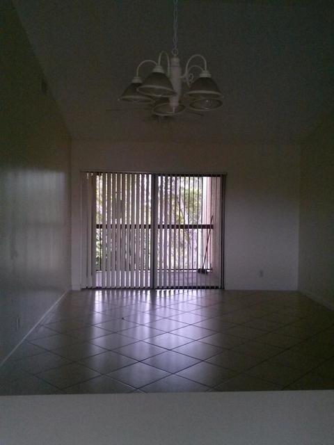 2 Bedrooms, Pine Ridge Rental in Miami, FL for $1,500 - Photo 2