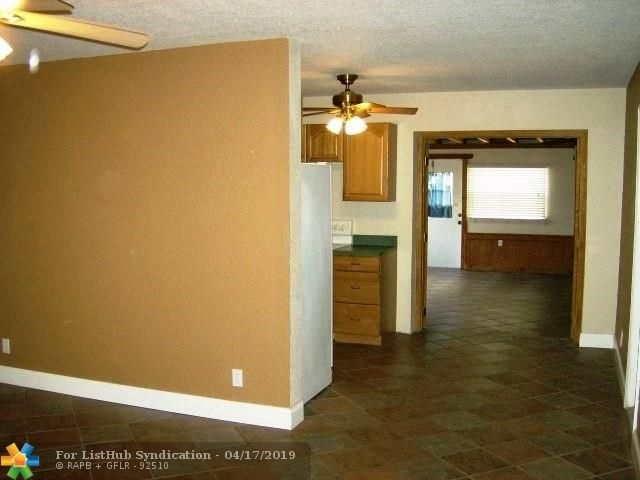 4 Bedrooms, Broadview Park Rental in Miami, FL for $2,000 - Photo 2