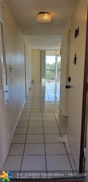 2 Bedrooms, Plantation Green Rental in Miami, FL for $1,300 - Photo 2