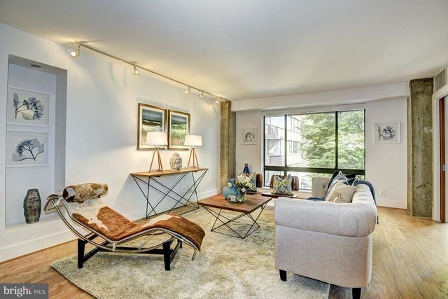 2 Bedrooms, East Village Rental in Washington, DC for $4,100 - Photo 2