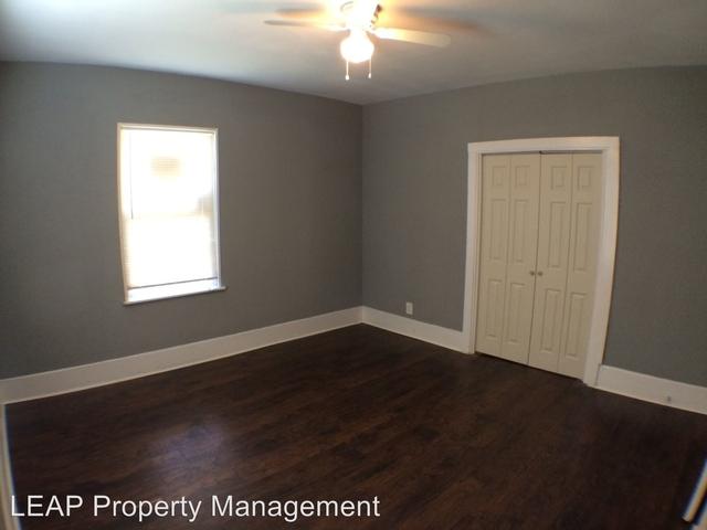 3 Bedrooms, Hillside Rental in Dallas for $1,200 - Photo 2
