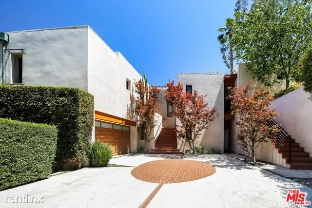 3 Bedrooms, Hollywood United Rental in Los Angeles, CA for $11,000 - Photo 2