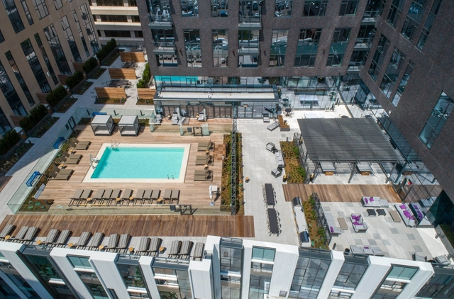 2 Bedrooms, Shawmut Rental in Boston, MA for $5,374 - Photo 2