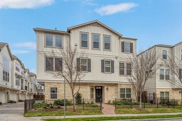 3 Bedrooms, Henderson Rental in Dallas for $4,200 - Photo 1