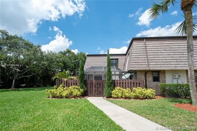 2 Bedrooms, Parkside Rental in Miami, FL for $1,550 - Photo 1