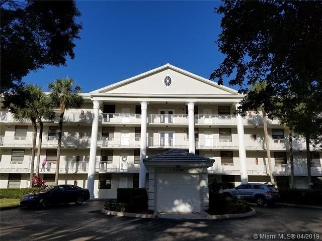 2 Bedrooms, Whitehall of Pine Island Rental in Miami, FL for $1,550 - Photo 1