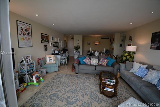 2 Bedrooms, Millionaire's Row Rental in Miami, FL for $2,250 - Photo 2