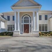 7 Bedrooms, Wolf Trap Rental in Washington, DC for $7,900 - Photo 2