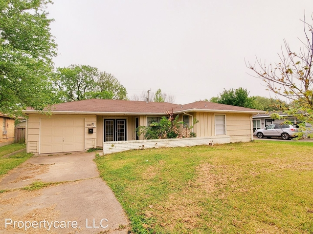 3 Bedrooms, Clearview Terrace Rental in Houston for $1,345 - Photo 1