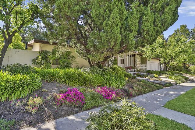 5 Bedrooms, Woodland Hills-Warner Center Rental in Los Angeles, CA for $4,200 - Photo 2