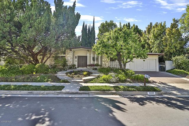 5 Bedrooms, Woodland Hills-Warner Center Rental in Los Angeles, CA for $4,200 - Photo 1