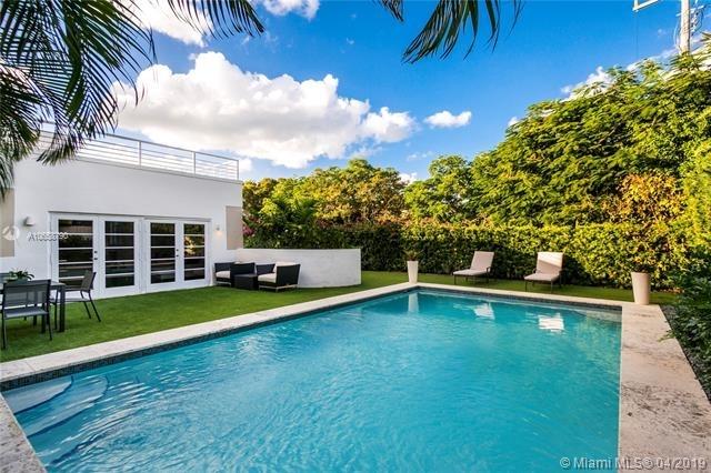 3 Bedrooms, Bayshore Rental in Miami, FL for $10,000 - Photo 1